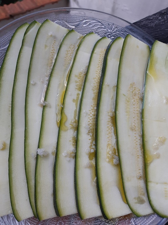 Zucchini raw #vegan marinade step by step recipe