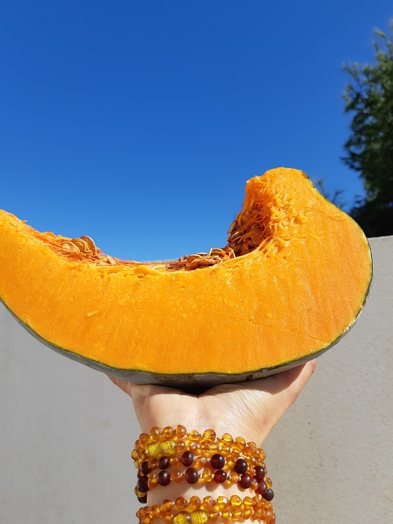 Is a recipe with #raw #pumpkin even possible?