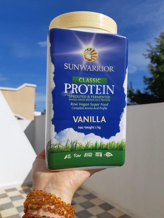 How to make a #smoothie loaded with #proteins? #raw #vegan recipe with #SunWarrior vanilla powder
