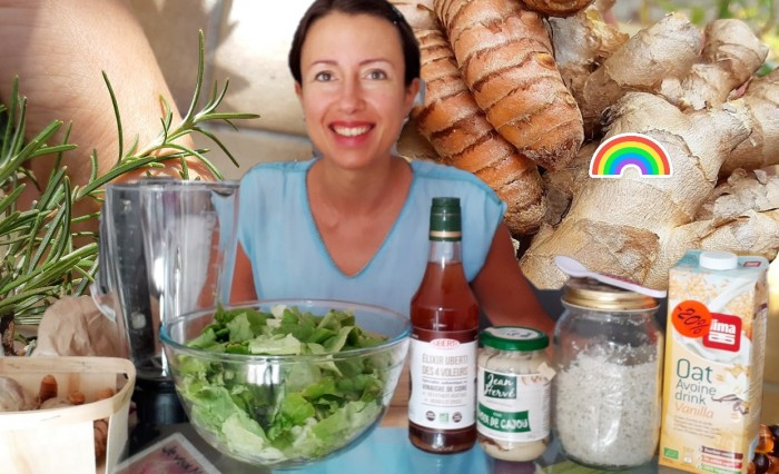 Delicious sweet and savory #salad #dressing